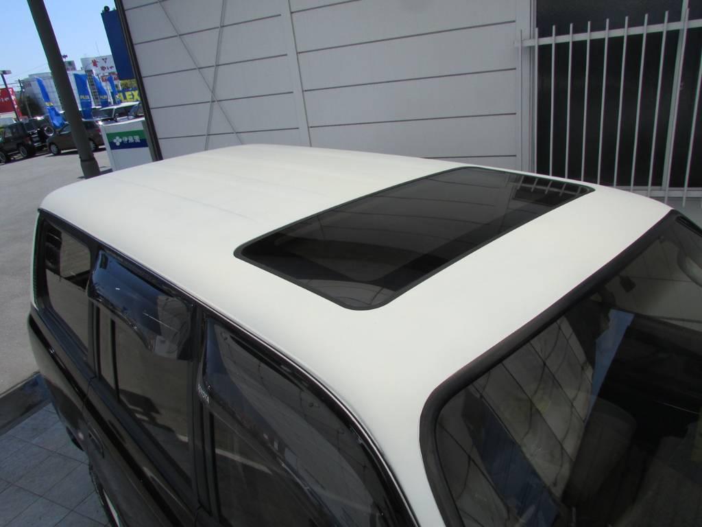 天井は艶消しホワイト塗装! | トヨタ ランドクルーザー80 4.2 VXリミテッド ディーゼルターボ 4WD 最終モデル