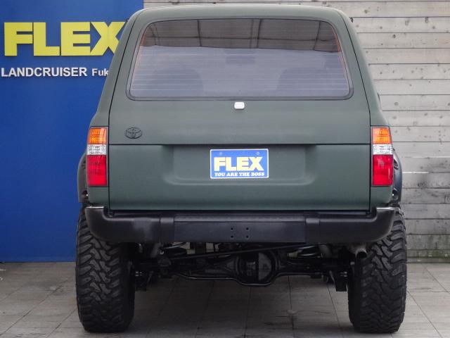 後ろから見てもカッコいい! | トヨタ ランドクルーザー80 4.2 VX ディーゼルターボ 4WD