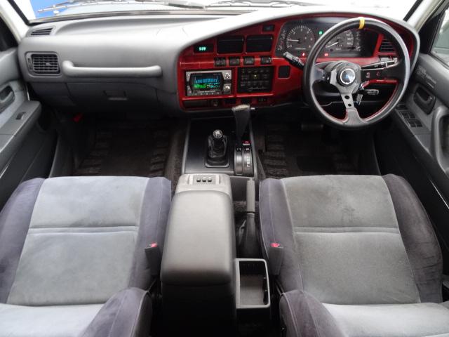 内装グレー基調♪綺麗に保たれております! | トヨタ ランドクルーザー80 4.2 VX ディーゼルターボ 4WD