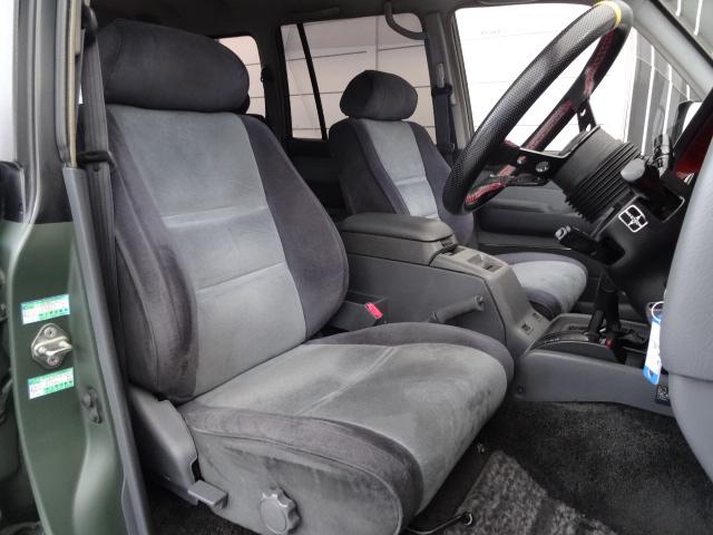 シートの状態もグッドです!シートカバーの取り付けも可能です♪ | トヨタ ランドクルーザー80 4.2 VX ディーゼルターボ 4WD
