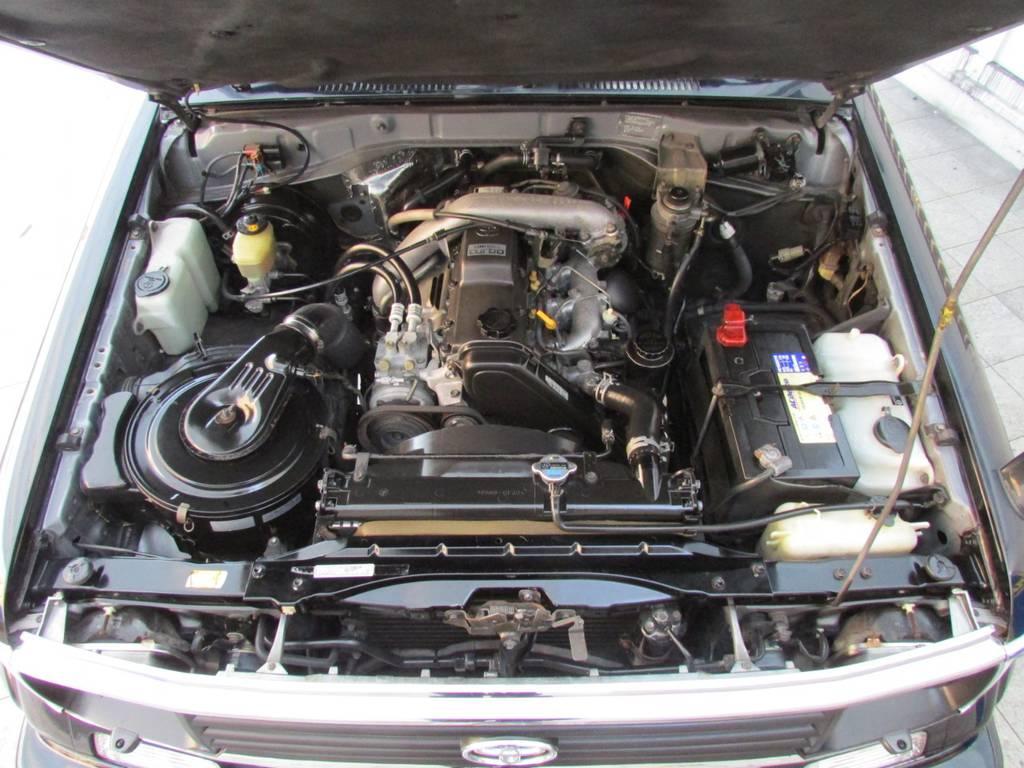 定評のある1KZエンジン!この車体からは考えられないパワフルな走りですよ♪   トヨタ ランドクルーザープラド 3.0 SXワイド ディーゼルターボ 4WD カスタム