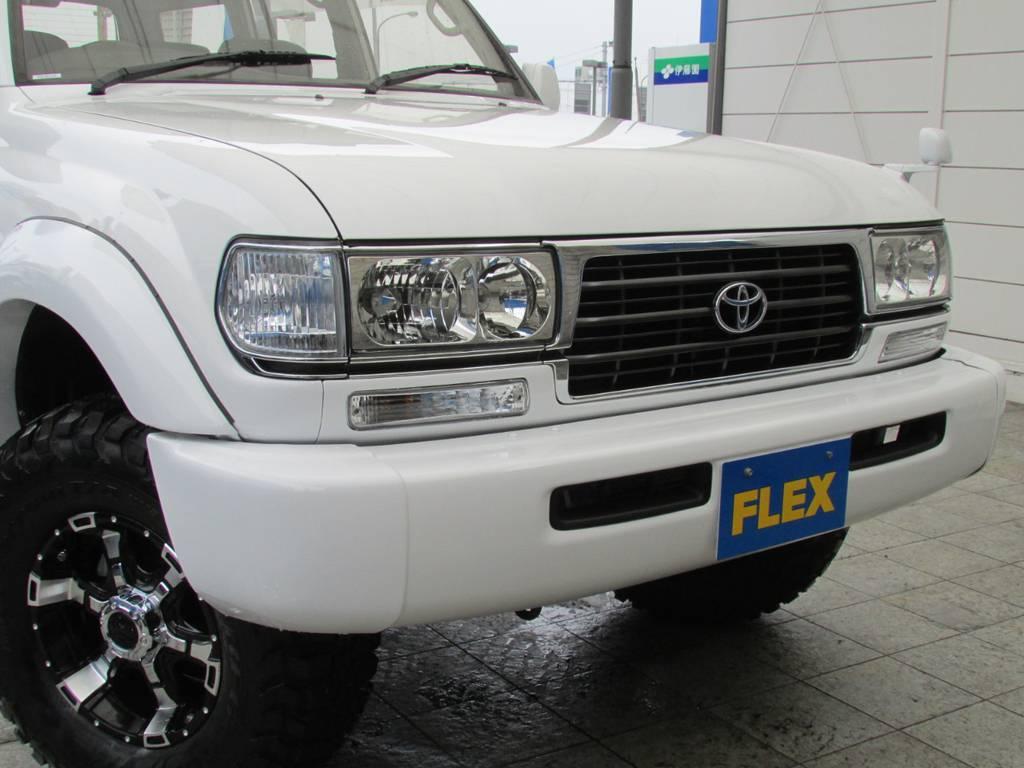 迫力のあるフロントフェイス! | トヨタ ランドクルーザー80 4.2 VXリミテッド ディーゼルターボ 4WD コンプリートカー