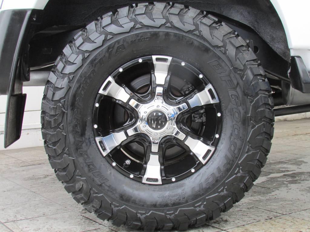 新品MGヴァンパイア16インチAWに新品BFグッドリッチMTタイヤ(285/75R16)の組み合わせ! | トヨタ ランドクルーザー80 4.2 VXリミテッド ディーゼルターボ 4WD コンプリートカー