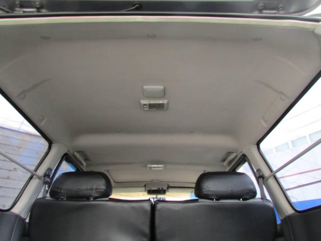 天張りもルームクリーニング済みです!   トヨタ ランドクルーザー80 4.2 VX ディーゼル 4WD カスタム