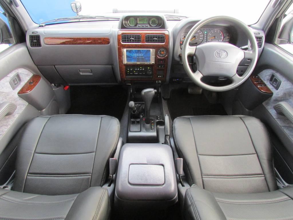 安心のエアーバックも完備! | トヨタ ランドクルーザープラド 2.7 TX 4WD