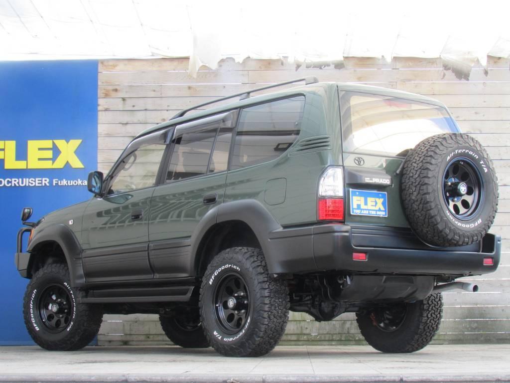 リアビューもカッコ良く仕上がっております! | トヨタ ランドクルーザープラド 2.7 TX 4WD