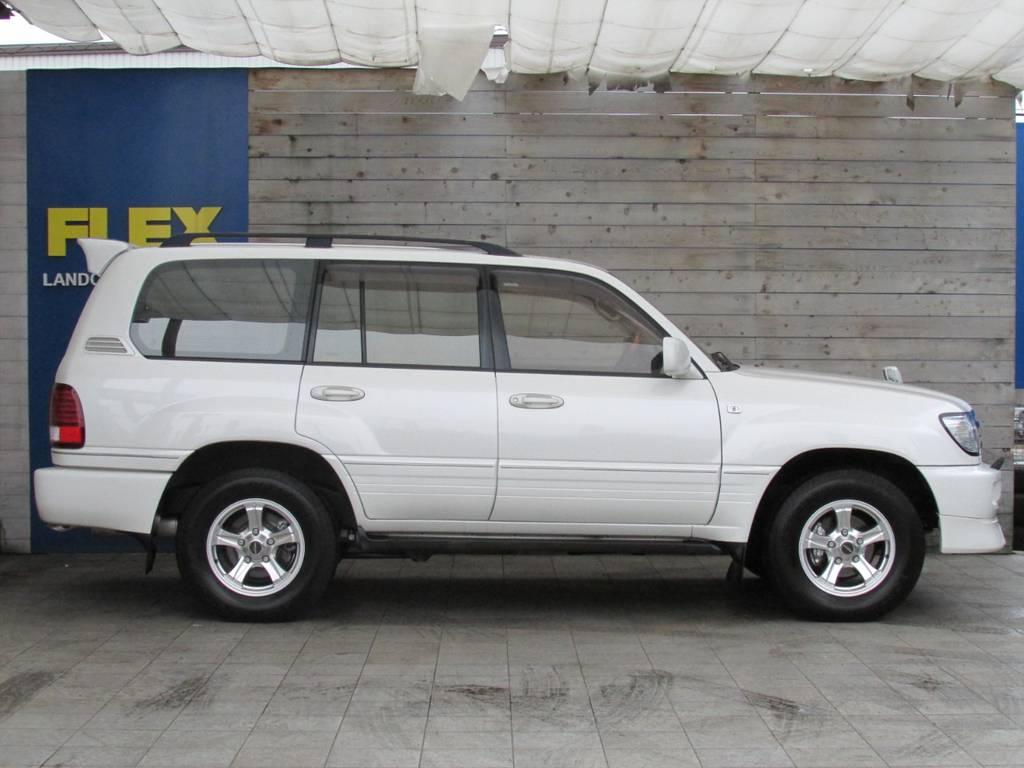 人気のパールホワイト! | トヨタ ランドクルーザー100 4.7 VXリミテッド 4WD Gセレクション