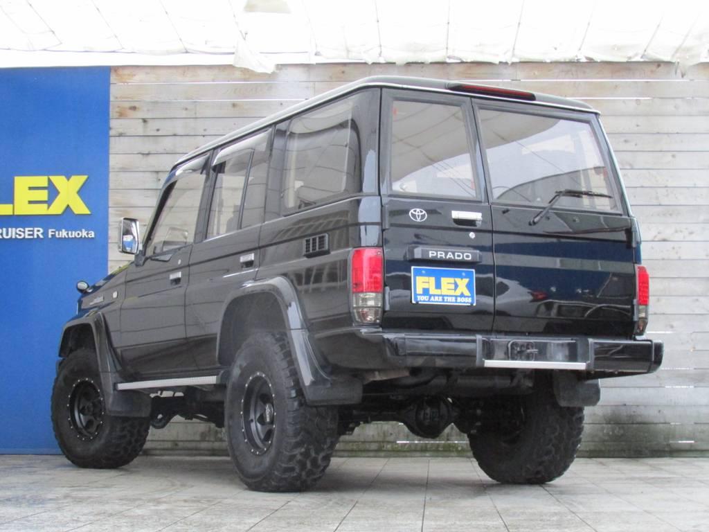リアビューも迫力があってカッコイイです! | トヨタ ランドクルーザープラド 3.0 SXワイド ディーゼルターボ 4WD