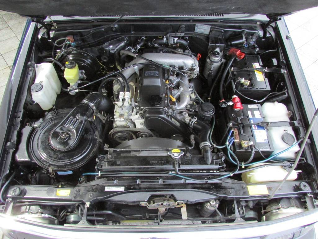 定評のある1KZエンジン搭載!パワフルな走りをおご堪能下さい! | トヨタ ランドクルーザープラド 3.0 SXワイド ディーゼルターボ 4WD