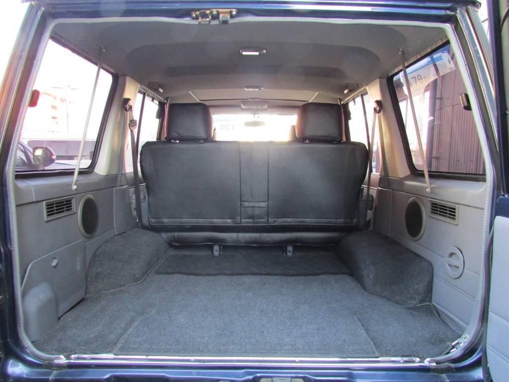 荷室も広々しておりますのでアウトドアでも大活躍! | トヨタ ランドクルーザー70 4.2 ZX ディーゼル 4WD