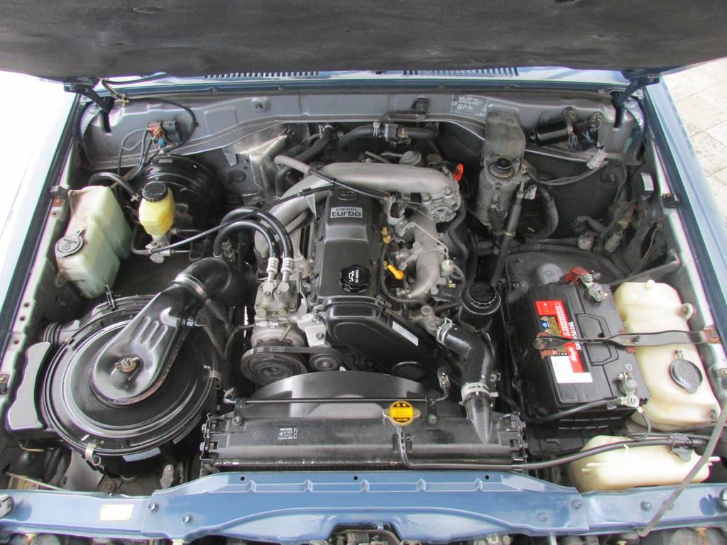 トヨタ1KZエンジン!3000ccディーゼルターボで走りも爽快! | トヨタ ランドクルーザープラド 3.0 SXワイド ディーゼルターボ 4WD リフトアップ