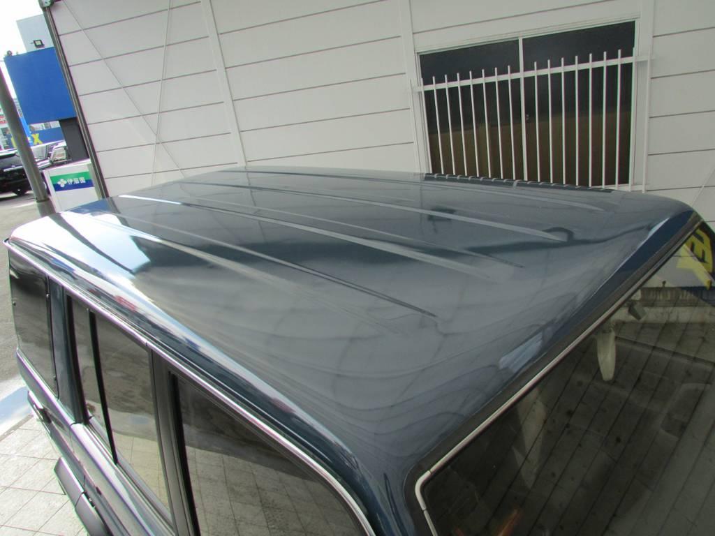 天井も綺麗な状態です! | トヨタ ランドクルーザープラド 3.0 SXワイド ディーゼルターボ 4WD リフトアップ