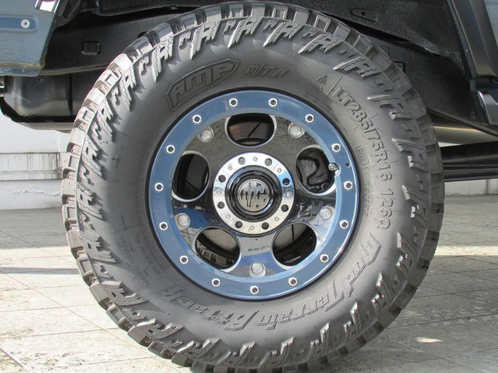 MGデーモン16インチAWにAMPマッドタイヤの組み合わせ! | トヨタ ランドクルーザープラド 3.0 SXワイド ディーゼルターボ 4WD リフトアップ
