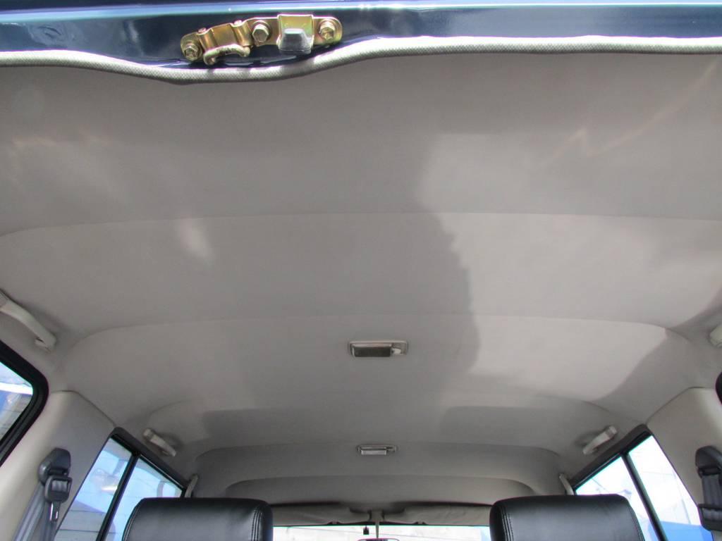 天張りもルームクリーニング済み! | トヨタ ランドクルーザープラド 3.0 SXワイド ディーゼルターボ 4WD リフトアップ