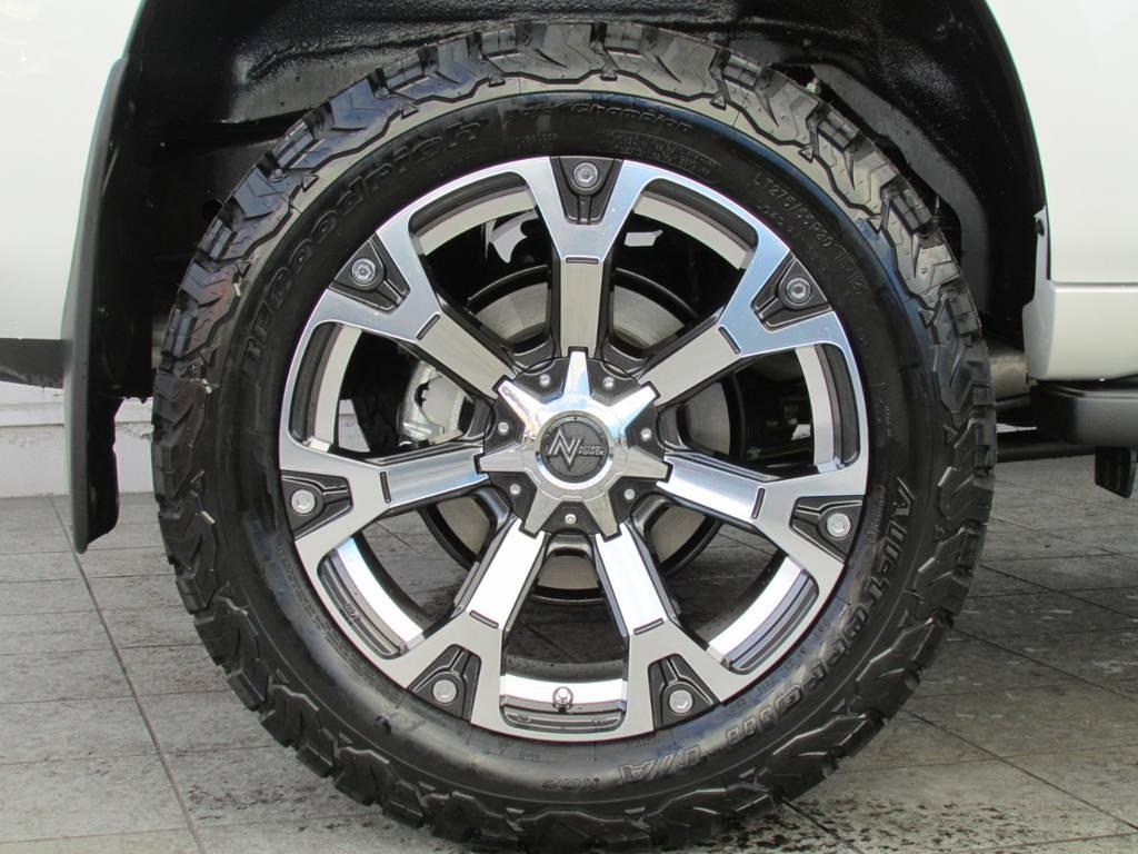 新品NITOROPOWER20インチAWに新品BFグッドリッチATタイヤの組み合わせ! | トヨタ ランドクルーザープラド 2.8 TX ディーゼルターボ 4WD 新車コンプリート