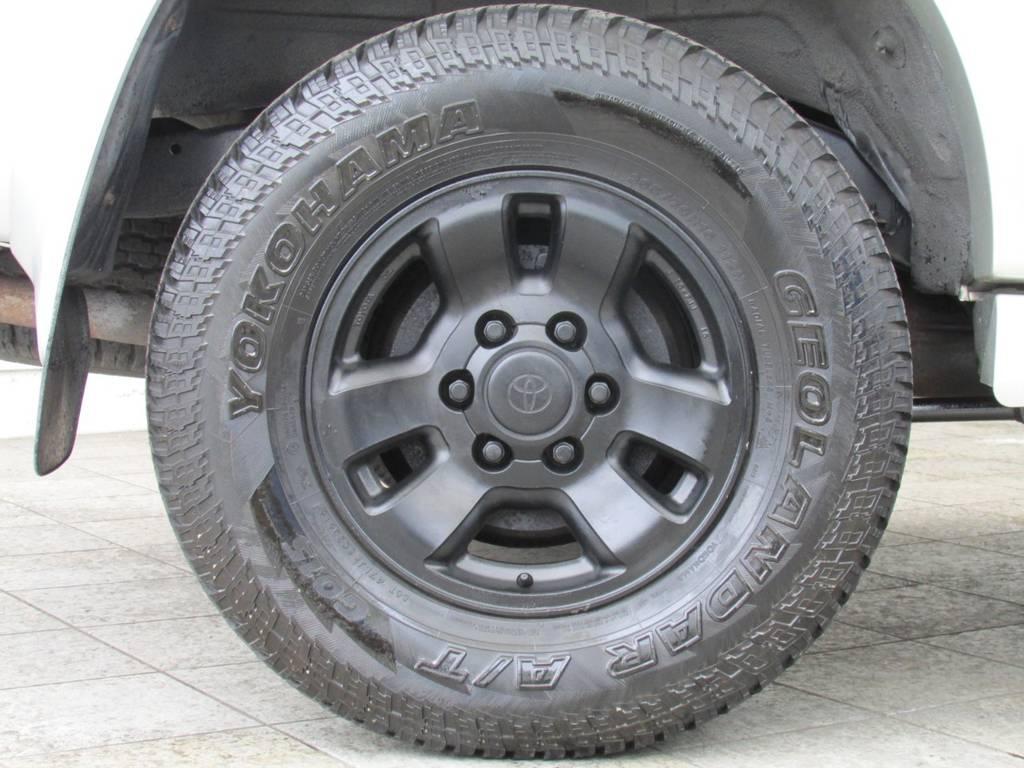 純正16インチAW&ジオランダーATタイヤの組み合わせ! | トヨタ ハイラックスサーフ 2.7 SSR-G 4WD サンルーフ