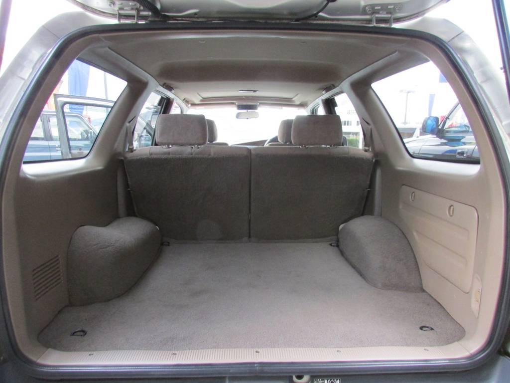 荷室も広々しておりますのでキャンプやアウトドアでも大活躍です! | トヨタ ハイラックスサーフ 2.7 SSR-G 4WD サンルーフ
