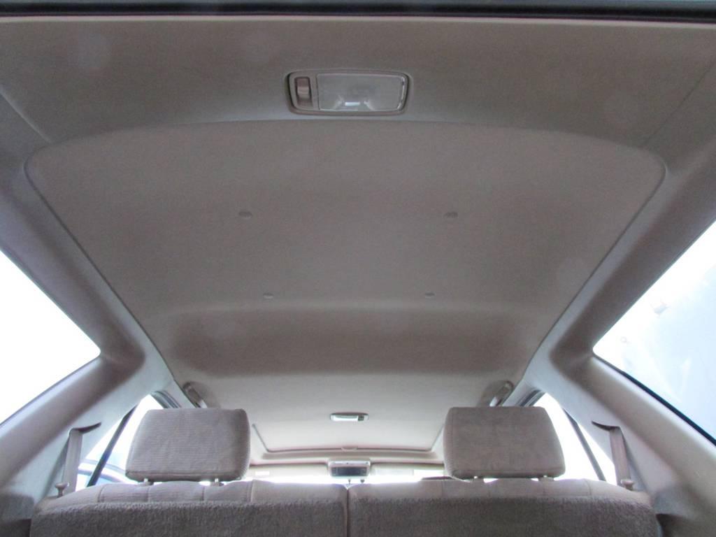 天張りもルームクリーニング済み! | トヨタ ハイラックスサーフ 2.7 SSR-G 4WD サンルーフ