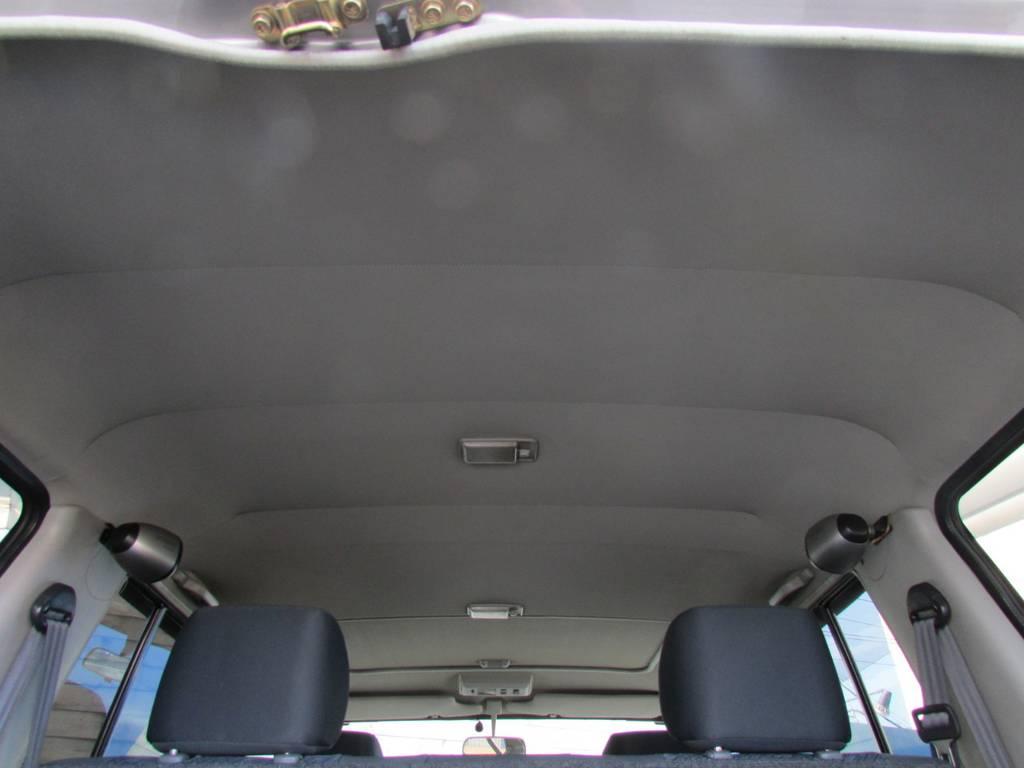 天張りもルームクリーニング済み! | トヨタ ランドクルーザー70 4.2 ZX ディーゼル 4WD リフトアップ