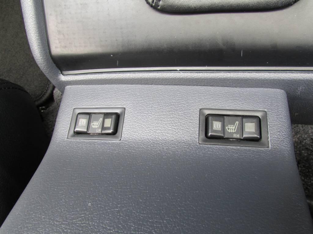 シートヒーターも装備! | トヨタ ランドクルーザー80 4.5 VXリミテッド 4WD LC60フェイス換装