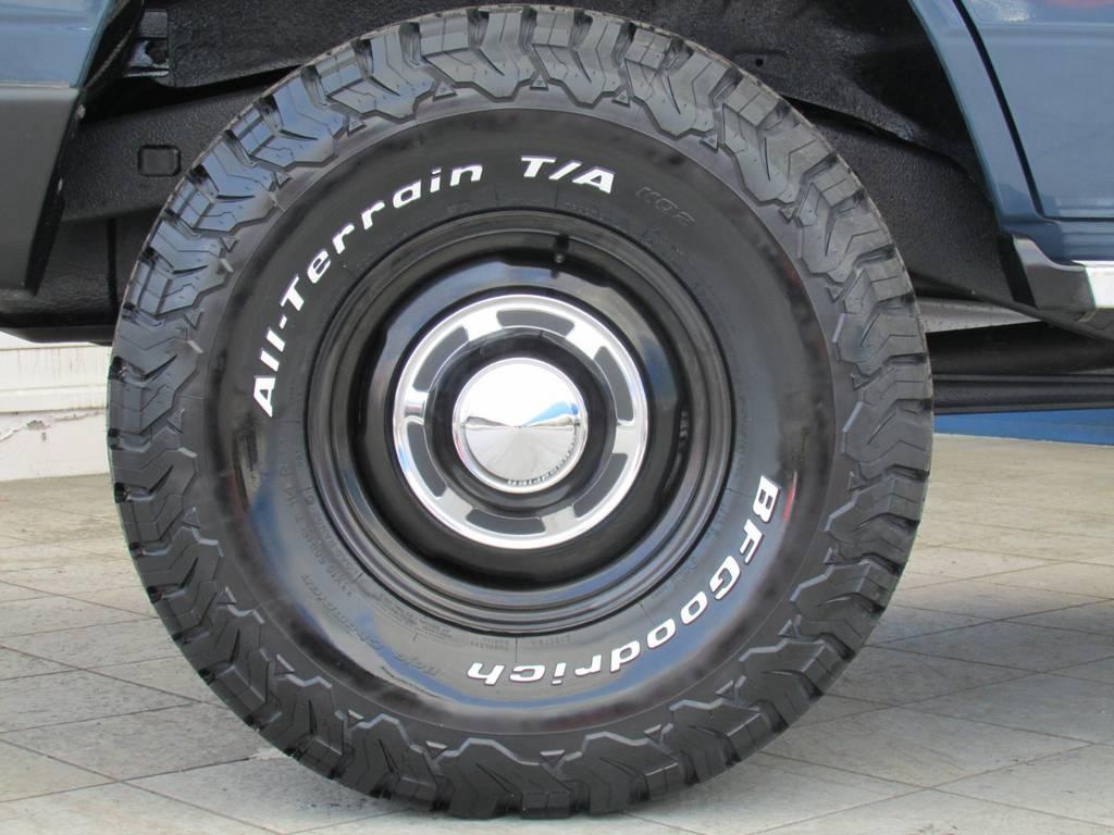 新品輸出用ホイールに新品BFグッドリッチATタイヤの組み合わせ!