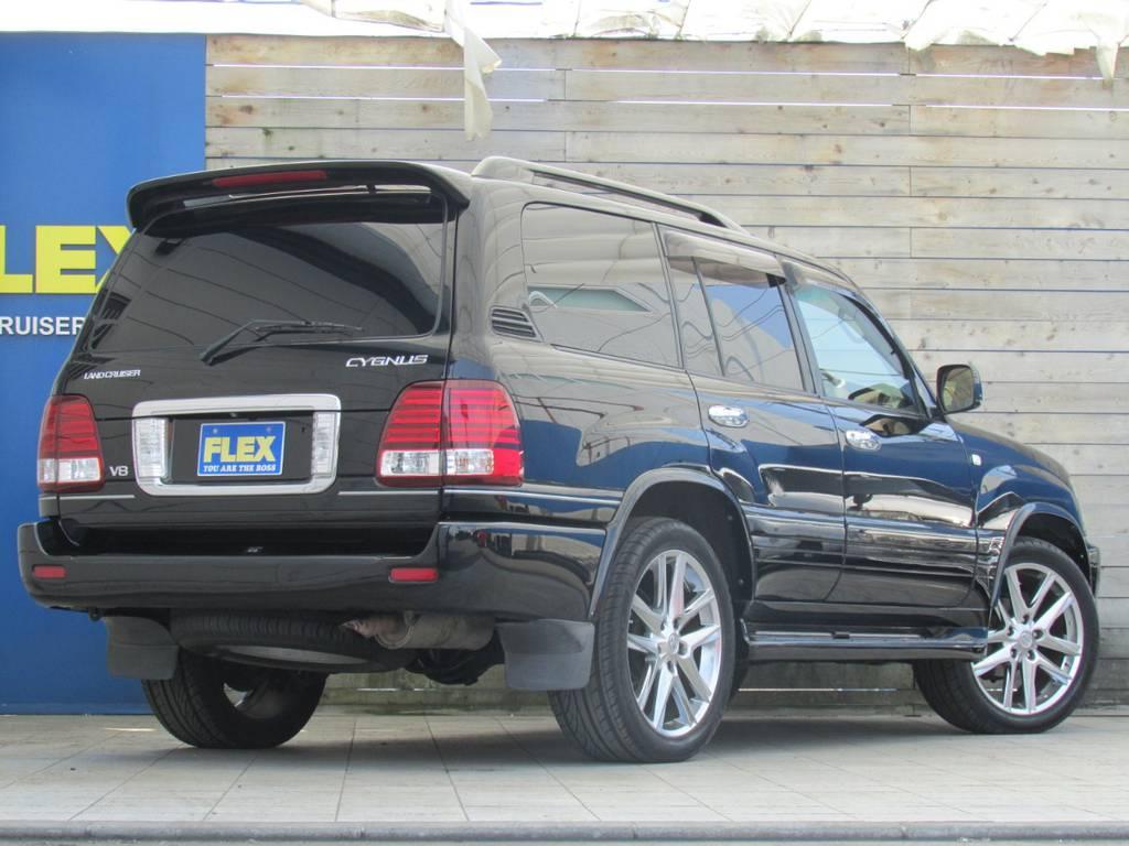 社外マフラー等の追加カスタムもお任せください! | トヨタ ランドクルーザーシグナス 4.7 4WD プレミアムエディション
