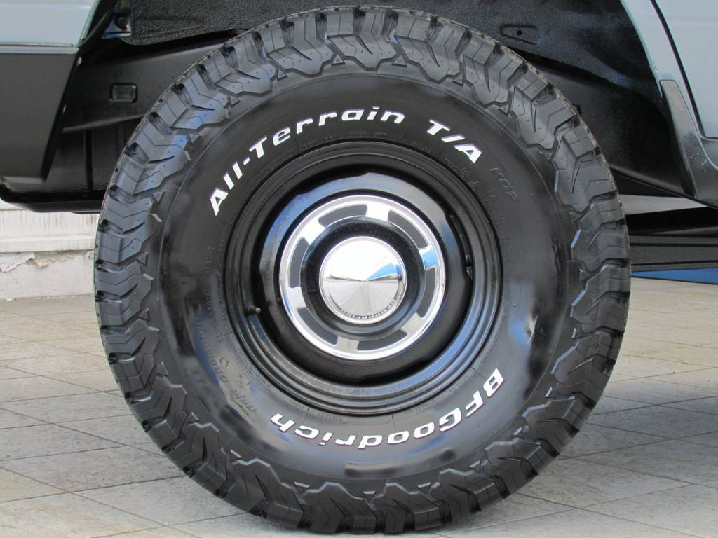 新品輸出ホイールに新品BFグッドリッチMTタイヤの組み合わせ!
