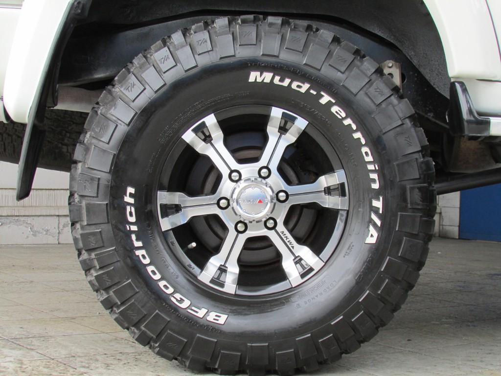 MKW16インチAW&BFGマッドタイヤの組み合わせ!
