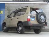 背面タイヤホイールも足元と統一でカッコイイです!