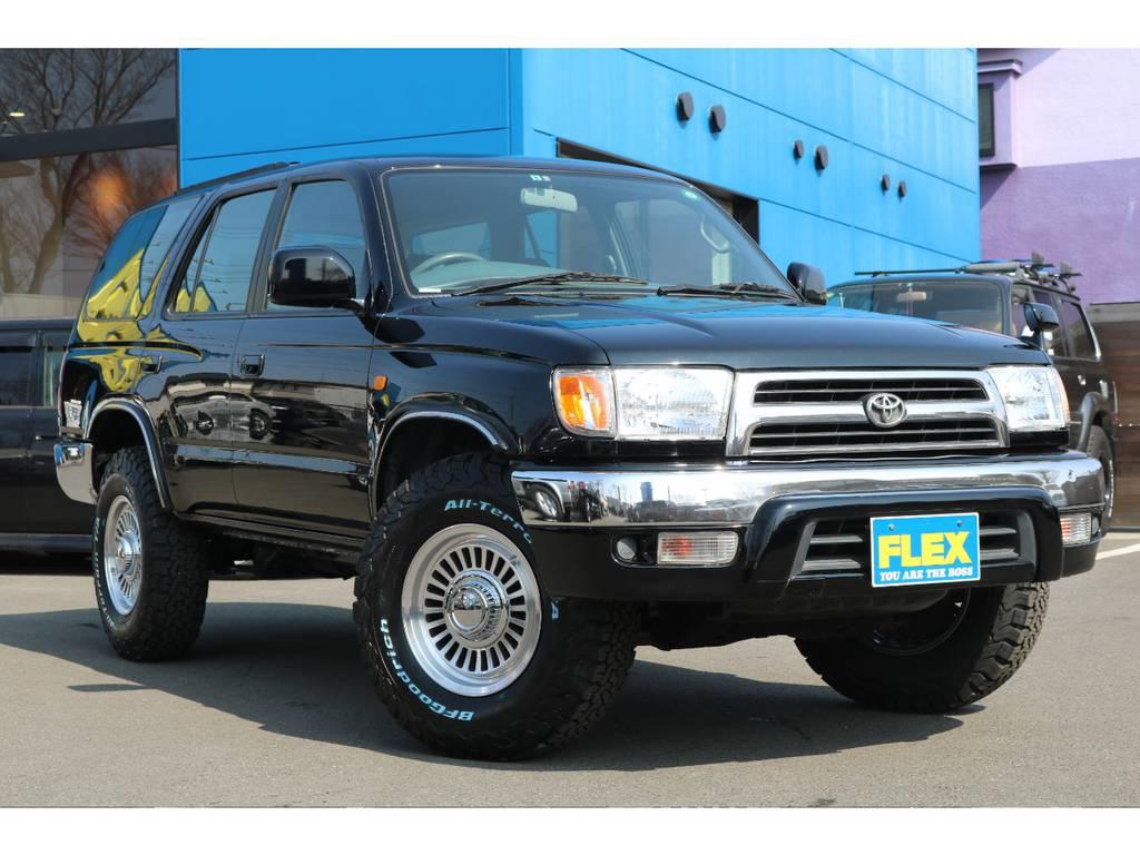 Vセレクションをベースにしており、メッキバンパーが雰囲気ありますね! | トヨタ ハイラックスサーフ 2.7 SSR-X Vセレクション 4WD