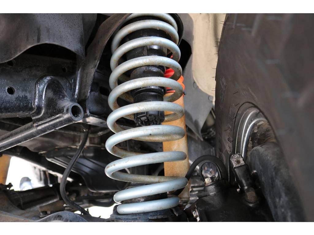 コイルスプリングとショック交換で3インチアップ済み! | トヨタ ランドクルーザー80 4.5 VXリミテッド 4WD