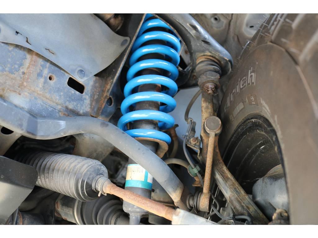 2インチリフトアップコイルに変更致しました! | トヨタ ハイラックスサーフ 2.7 SSR-X リミテッド 4WD