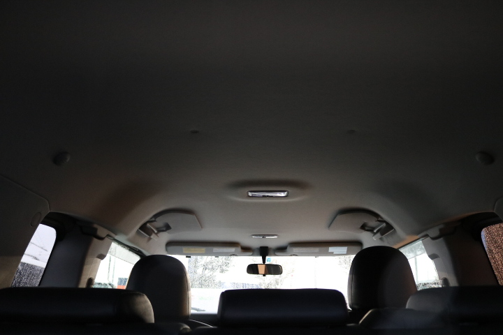 気になるキズや黄ばみ等もなく綺麗な状態です! | トヨタ FJクルーザー 4.0 カラーパッケージ 4WD