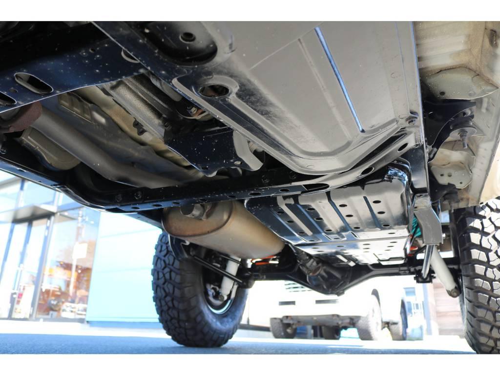 堅牢なラダーフレーム車!下回り防錆パスター済みです!   トヨタ ハイラックスサーフ 2.7 SSR-G 4WD