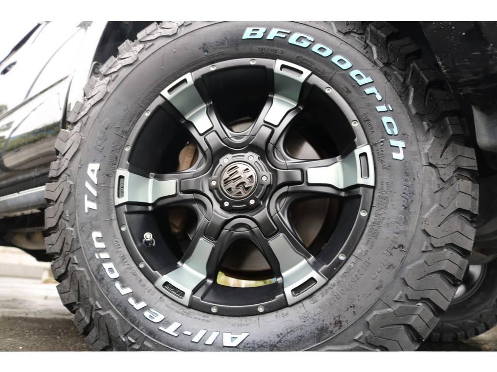 新品MGヴァンパイア17インチAWに、BFグッドリッチ275ATタイヤをインストール!ホイールのカラーはFLEXオリジナルカラーになります! | トヨタ ハイラックスサーフ 2.7 SSR-X 4WD