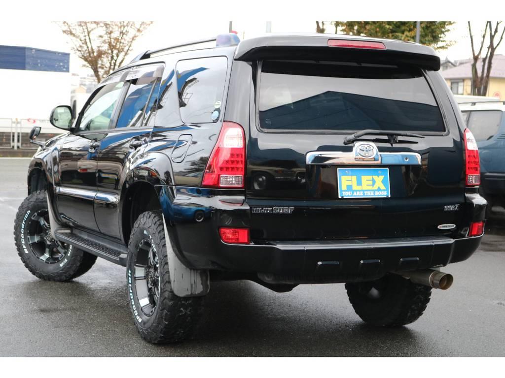 バックビューも文句無し!デザインが人気なサーフ!リアゲートのウインドウも開閉するのがサーフの特徴です! | トヨタ ハイラックスサーフ 2.7 SSR-X 4WD