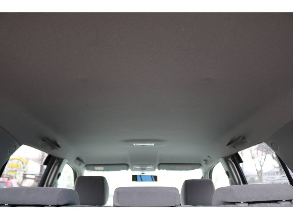 天井もご覧の通り綺麗な状態です! | トヨタ ハイラックスサーフ 2.7 SSR-X 4WD