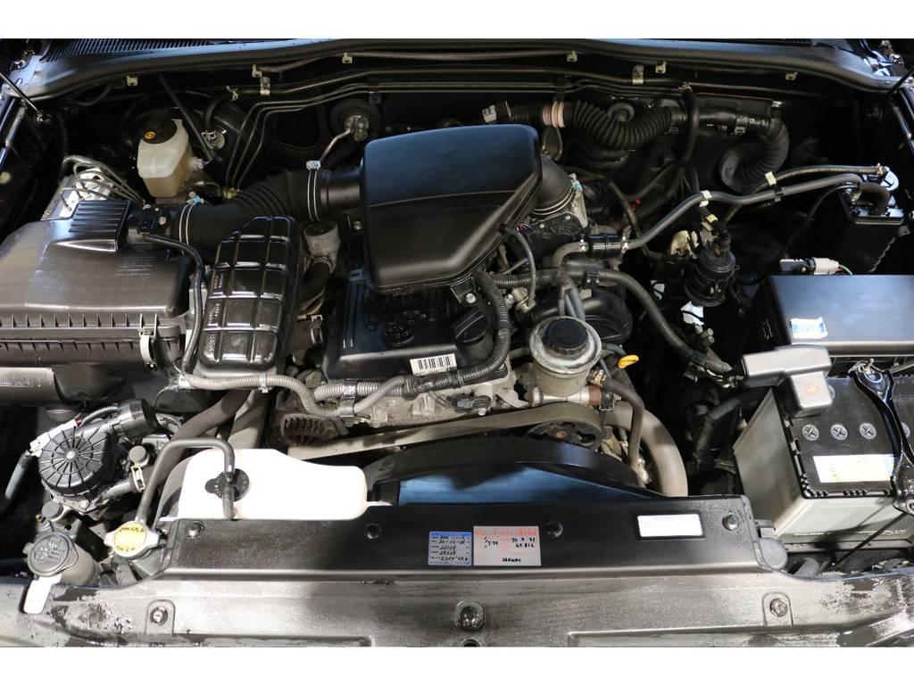 2TR・2700ccエンジンモデル!タイミングチェーン式ですので、10万キロ毎の交換も不要!経済性に優れて人気です! | トヨタ ハイラックスサーフ 2.7 SSR-X 4WD
