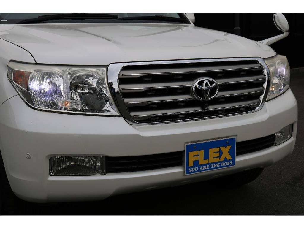 ヘッドライトの電球をを当店にて新品LED装着! | トヨタ ランドクルーザー200 4.7 AX Gセレクション 4WD