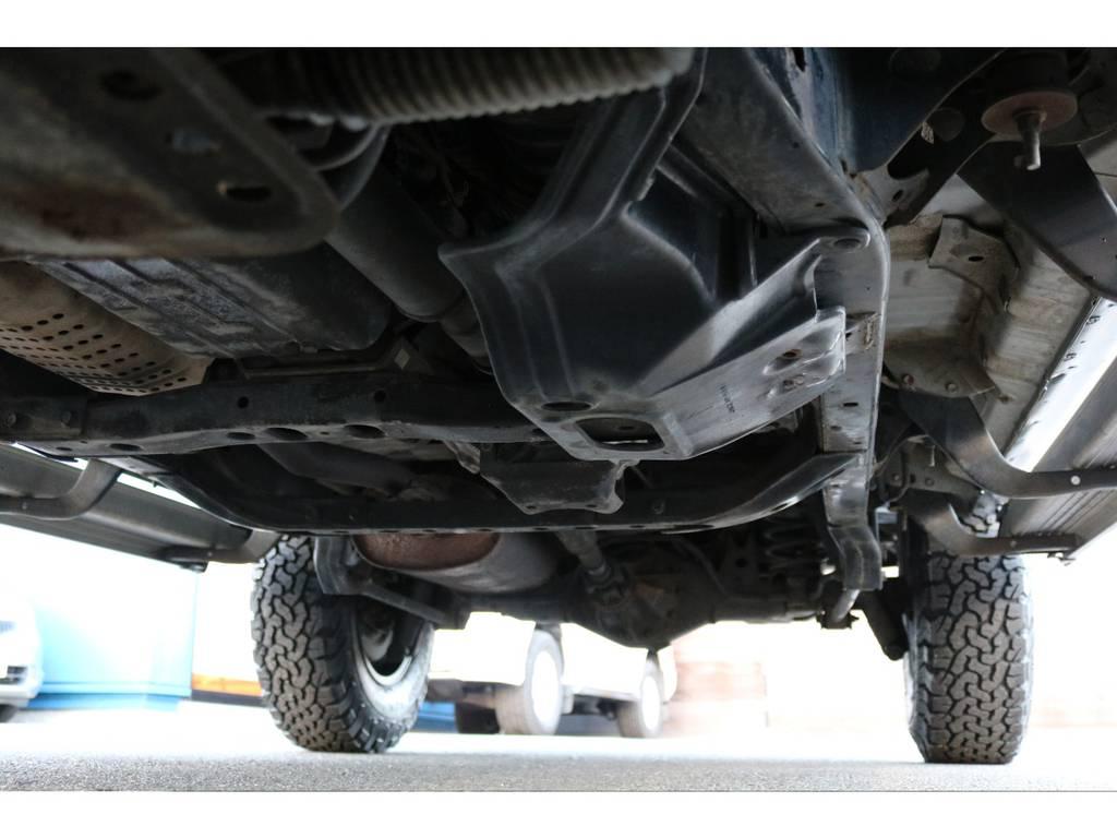 堅牢なラダーフレーム車!劣悪な錆も無く長くお乗り頂けます! | トヨタ ランドクルーザープラド 2.7 TX リミテッド 4WD