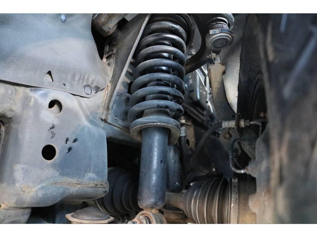 乗り降りし易いノーマル車両でのご紹介です!リフトアップもご相談下さい! | トヨタ ランドクルーザープラド 2.7 TX リミテッド 4WD