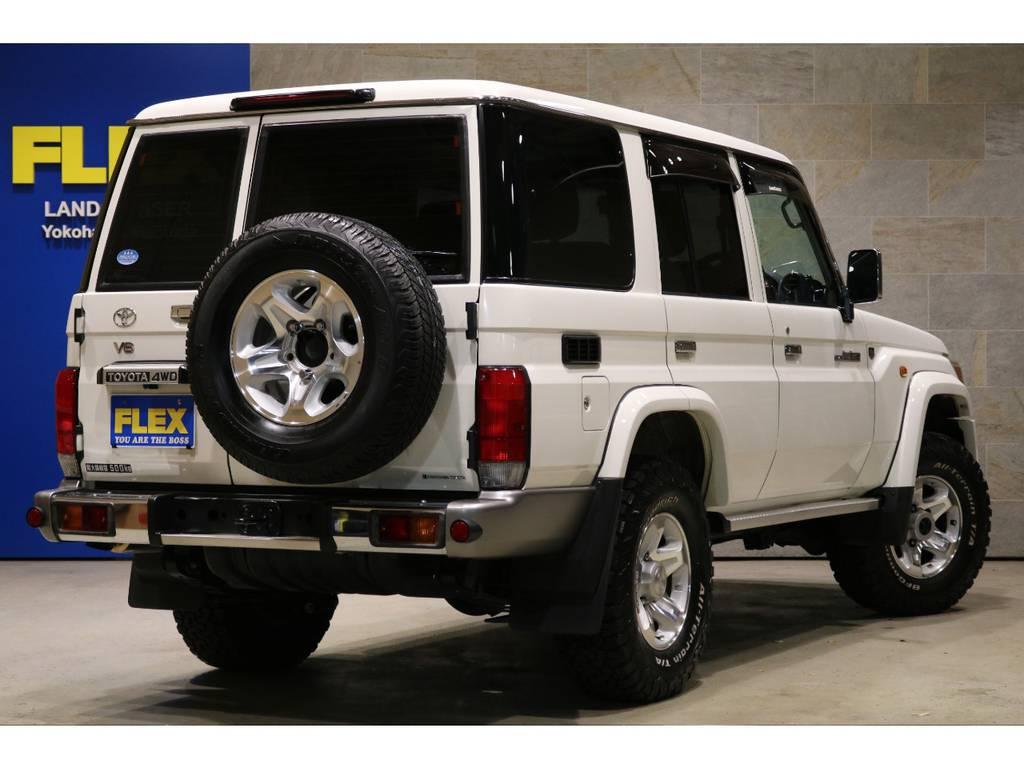 純正オプション:寒冷地仕様、TOYOTA横文字グリル、フロントフォグランプ、サイドバイザー、前後デフロック、フロアマット! | トヨタ ランドクルーザー70 4.0 4WD