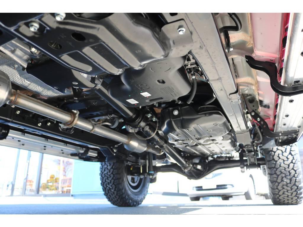 堅牢なラダーフレーム車!パートタイム式4WDとの組み合わせです! | トヨタ ハイラックス 2.4 Z ディーゼルターボ 4WD Z