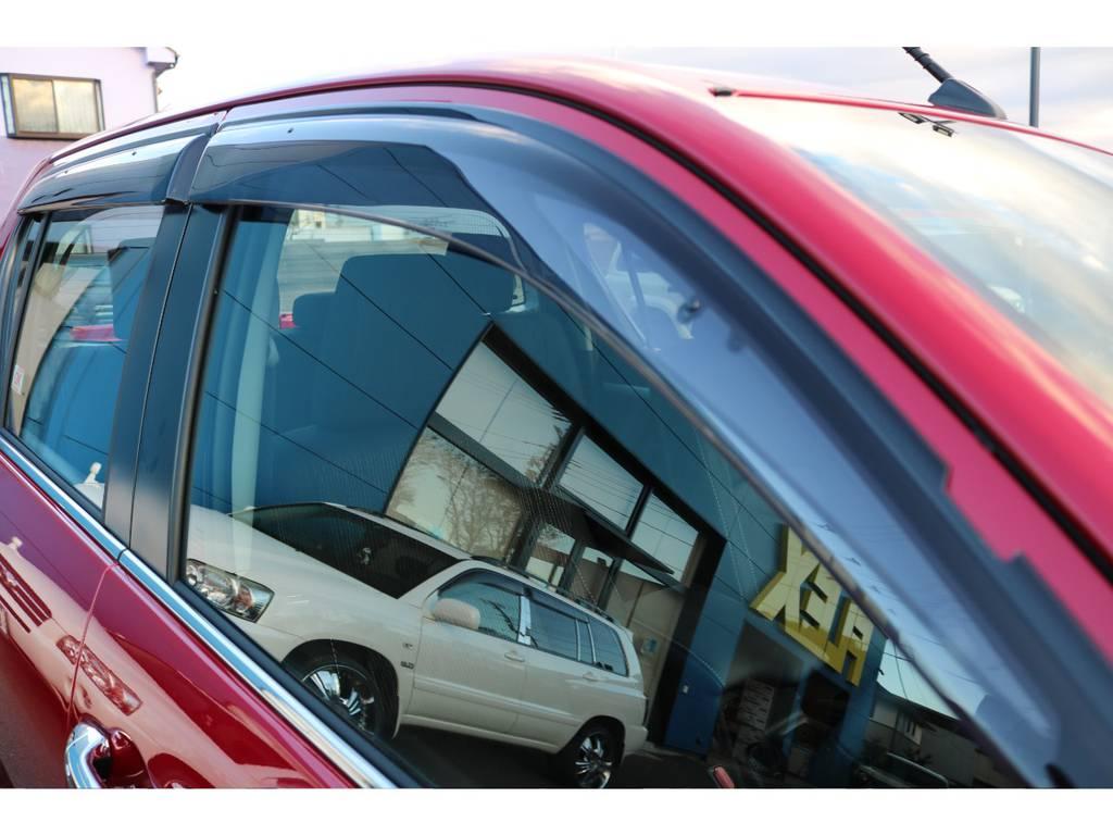 オプションのサイドバイザー! | トヨタ ハイラックス 2.4 Z ディーゼルターボ 4WD Z