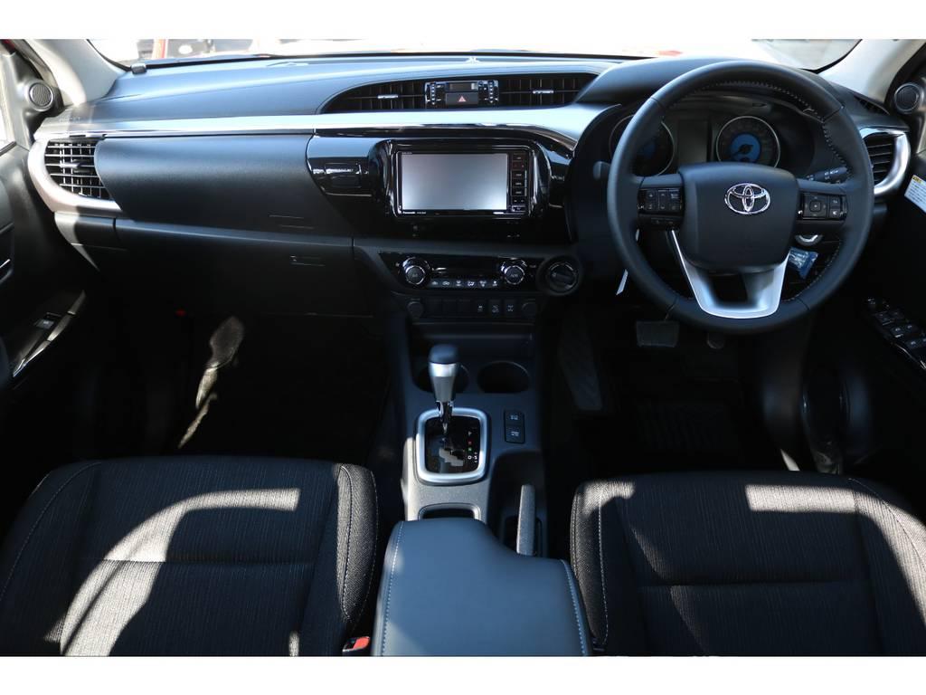 Zグレードはスマートキー&プッシュスタート!専用インパネやメーター等、より豪華な仕様になります! | トヨタ ハイラックス 2.4 Z ディーゼルターボ 4WD Z