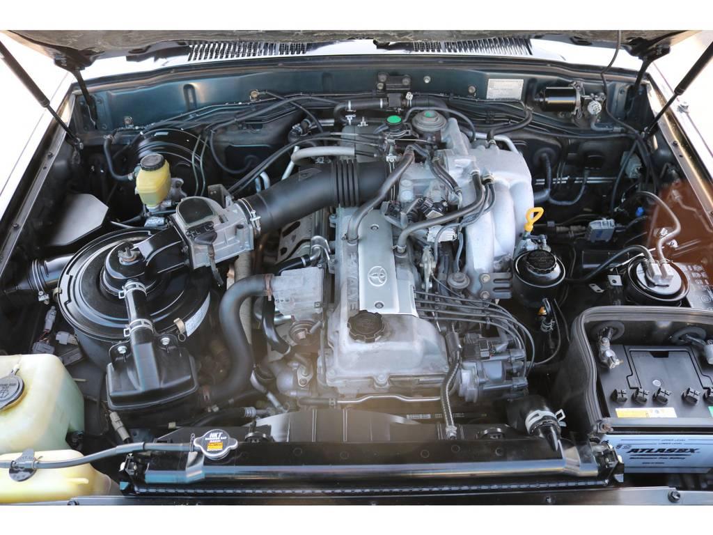 レスポンスと耐久性に優れた、1FZエンジン!ここからがこのエンジンの本領発揮ですよ! | トヨタ ランドクルーザー80 4.5 VXリミテッド 4WD