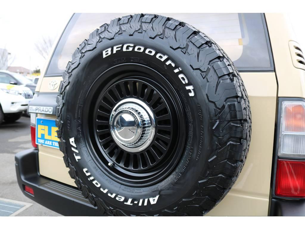 背面タイヤも交換済で全体の統一感アップ! | トヨタ ランドクルーザープラド 2.7 TX 4WD TX