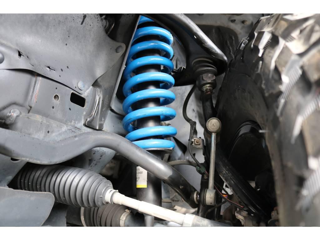 FLEXコイルに変更で、2インチリフトアップを施工!   トヨタ FJクルーザー 4.0 カラーパッケージ 4WD カラーパッケージ