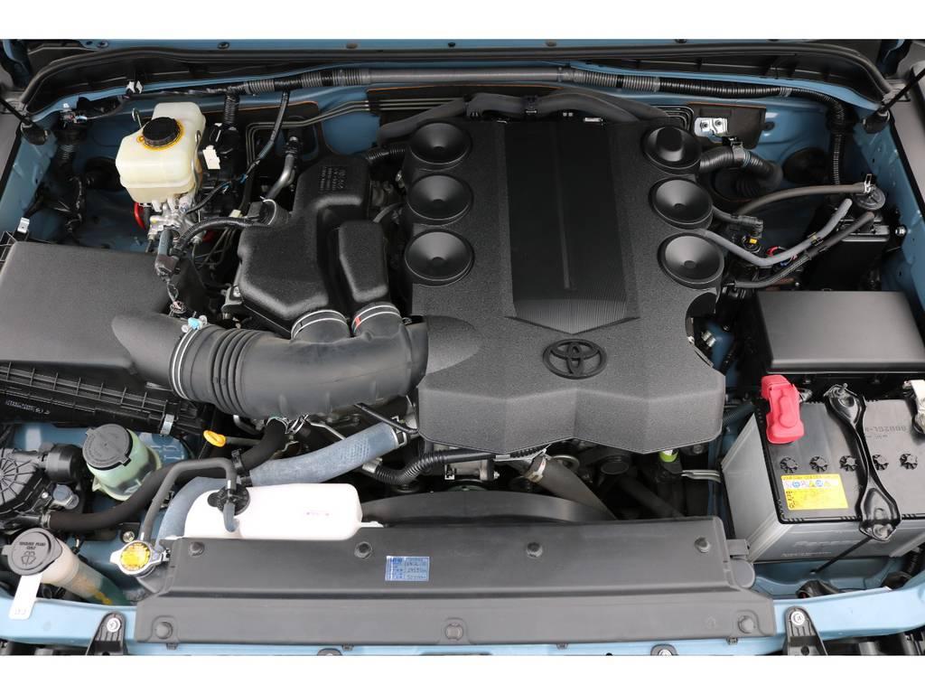 V6・4000ccの1GRエンジン!トルクフルな走りに定評があります!   トヨタ FJクルーザー 4.0 カラーパッケージ 4WD カラーパッケージ
