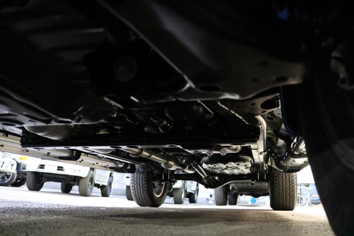 堅牢なラダーフレーム車!パートタイム式4WDに、リアデフロック完備! | トヨタ ハイラックス 2.4 Z ディーゼルターボ 4WD Z Black Rally Edit
